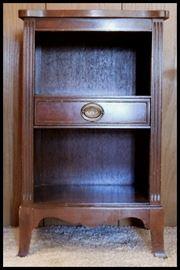 Vintage mahogany night stand