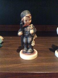 6 Hummel Figurines6 Hummel Figurines   https://www.ctbids.com/#!/description/share/7184