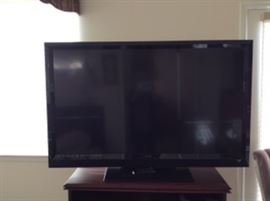 """55"""" Vizio Flat Screen TV. 1080 Resolution.  Model # E552VLE.  Working condition, comes with remote and power cord."""
