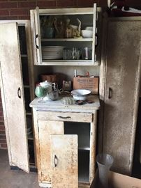 VINTAGE METAL KITCHEN CABINETS