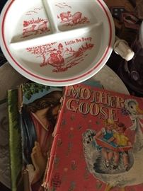 VINTAGE CHILDREN'S COLLECTABLES