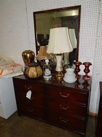 Mahogany, Oak, Walnut, Chestnut, Cherry bedroom sets, dining sets, chairs, beds, dressers