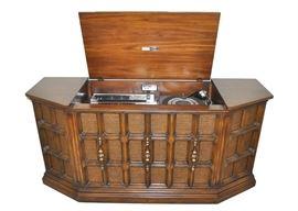 console stereo raritan