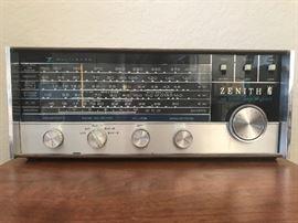 Zenith shortwave radio