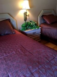 TWO Matching Twin Beds...Like NEW!...