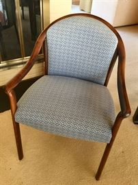 Upholstered dining chair (8)