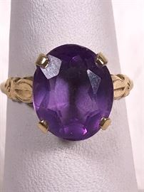 012 14k Gold And amethyst