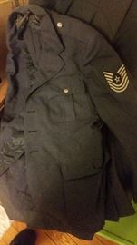 AIR FORCE SUIT JACKET AND PANTS WE HAVE 3 JACKETS AND 2 PAIR OF PANTS   MORE PICTURES OF SAME COATS
