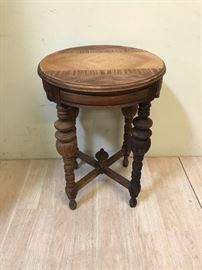 SolidWoodSideTable
