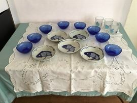 Table Wear and Glasses  https://www.ctbids.com/#!/description/share/5881