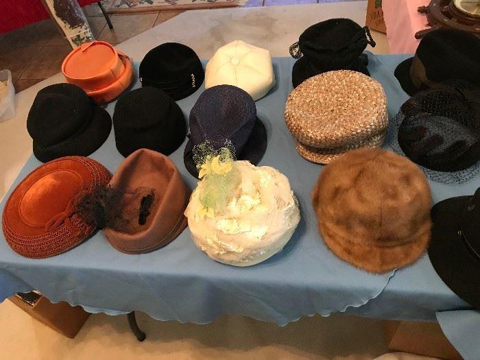 Lots of Very Nice Vintage Ladies Hats including Mink