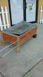 China Box (pig roaster)