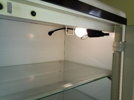 Light automatically turns on when you open the cabinet