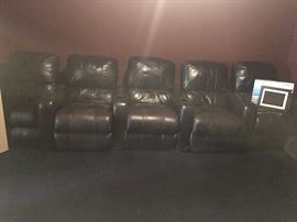 Electronic Leather Theater Chairs (5)