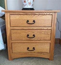 Pair of Amish House bedside tables