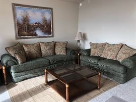 Very nice living room set