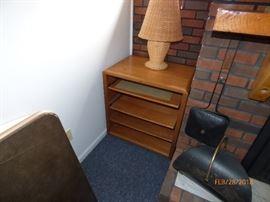shelf unit/lamp