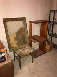 CHAIRS / ANTIQUE FRAME / SHELF