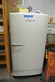 antiquefridge