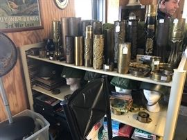 Hundreds of pieces of world war 1 & 2 trench art