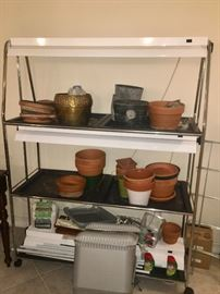 Lighted potting station
