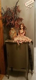 (Painted) Music Stand, Vintage doll