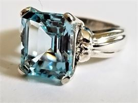 7.8 Ct. Ice Blue Topaz in .925 Sterling Setting