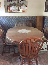 Oval table & 6 chairs