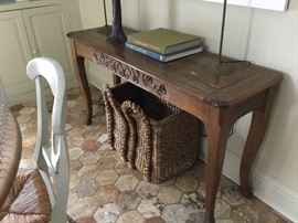 Console table $125
