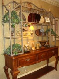 Buffet and display rack for Formal Dining Set