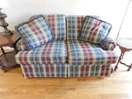 Massoud  Love seat 5 foot