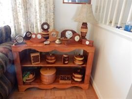 TURNED WOODEN BOXES, SMALL SHELF CLOCKS