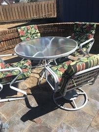 Patio table w/ chairs (cushions)