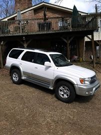 2001 Toyota 4 Runner Limited  170, 600 actual miles, Extra Nice