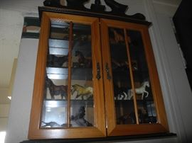 Nice wall cabinet, horse figurines