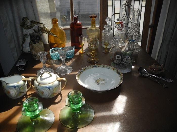 Various glassware, etc