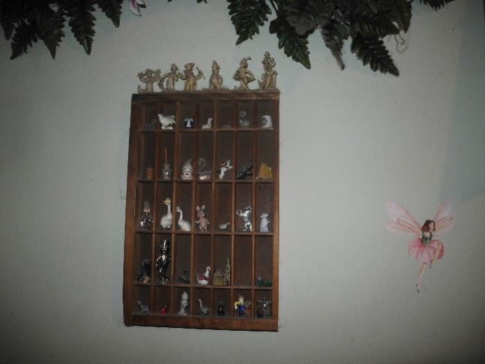 More tiny items in wall display