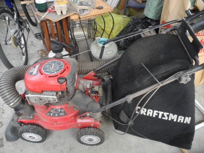 Craftsman mower with bagger