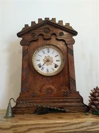 Handsome Mantle Clock