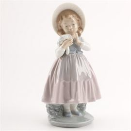 NAO by Lladro Girl