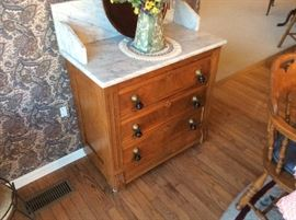 ANTIQUE MARBLE TOP COMMODE IN PRISTINE CONDITION
