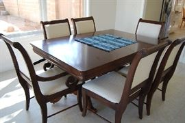 Beautiful Formal Dining Set includes 2 leaves and pads