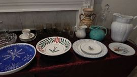 ASSORTED POTTERY, CERAMIC PIECES