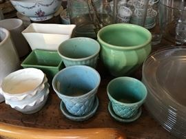 American pottery old and new / McCoy and USA