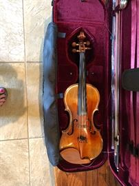 Jan Dvorak Violin in case made in the Czech Republic