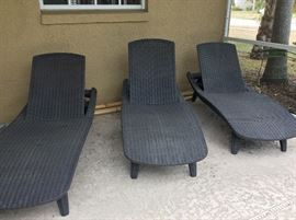 Patio Chaise Lounge Chairs.