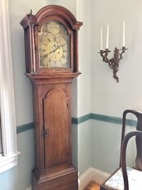 Grandfather's Clock, English, mid-18th Century origin.  Maker: Int'l Banister, NEWPORT - Isle of Wight.  Movement in operating condition.
