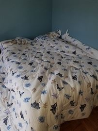 Full size bed, butterfly comforter