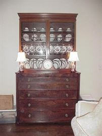 Beautiful late 18th to early 19th century bookcase/secretary
