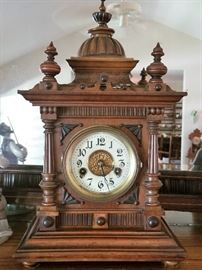 SEVERAL Antique wall and mantle clocks throughout the house - ALL WORK !